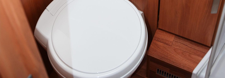 toiletten im wohnmobil wohnmobilcenter am wasserturm. Black Bedroom Furniture Sets. Home Design Ideas